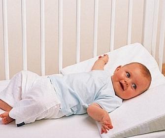 Матрас для новорожденного - какой лучше выбрать - фото