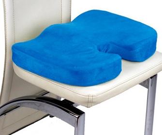 Ортопедическая подушка на стул для копчика - фото
